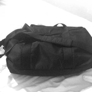 Black Lululemon gym bag